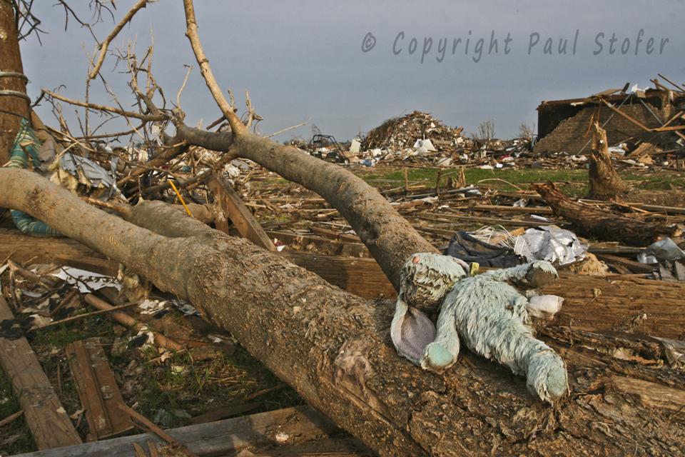 Moore, Oklahoma EF5 Tornado Damage
