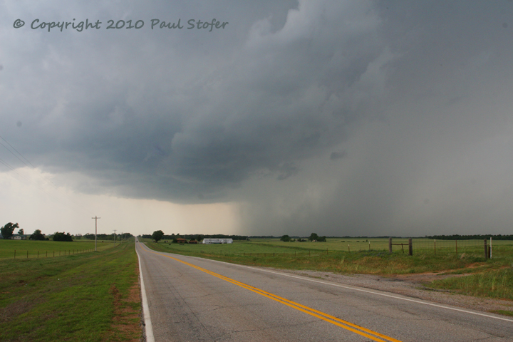 Storm Structure in Oklahoma - Rain Free Base